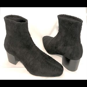 Intentionally ____Pleated Stretch Ankle Boots 7.5